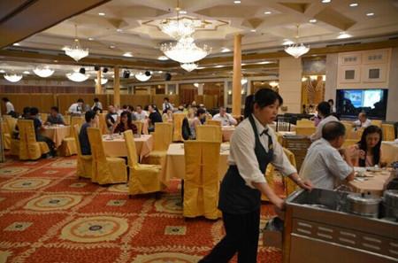食材上涨美华人餐饮业陷苦拼被吁提高服务水平