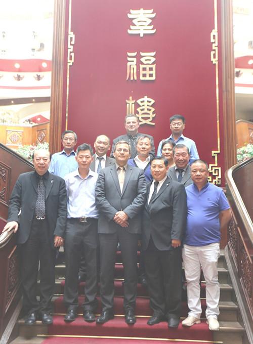 巴黎大区议员与亚裔代表座谈关切华人治安问题