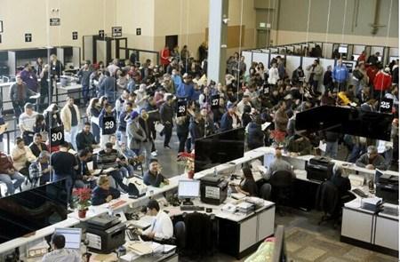 美加州上半年发出近76万新驾照逾半发给无证移民