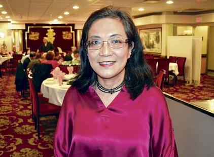 加华裔医生角逐联邦新民主党温哥华南选区提名