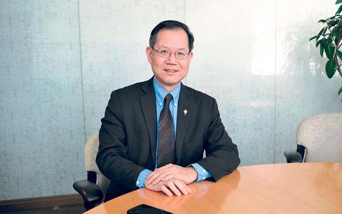 加拿大卑诗省议会诞首位华裔副议长李灿明获委任