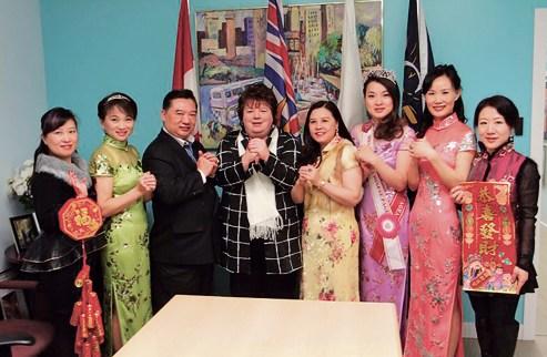 加拿大环球妇女总商会代表探访卑诗省议会议长