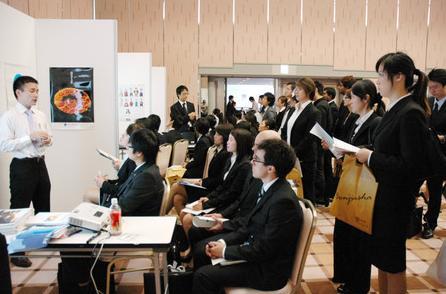 日本企业聘用外国人需求高涨中国人才受欢迎
