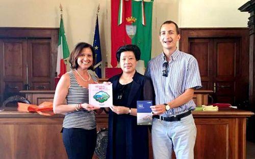 梅州政府代表团访问意大利奥维托交流慢城文化