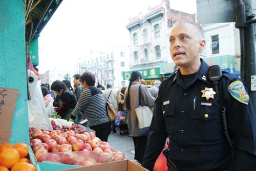 旧金山华埠连发抢劫金项链案件警方吁民众警惕