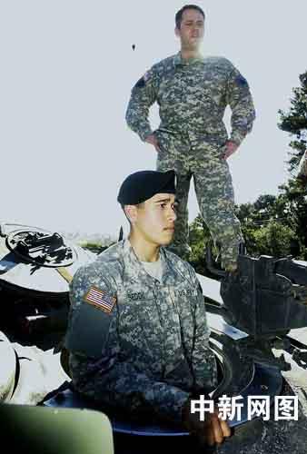 通讯:美国国民警卫队华裔士兵詹姆斯的一天(图