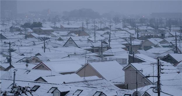 数名中国人赴日登山被困获救后冻伤送医 中使馆提醒