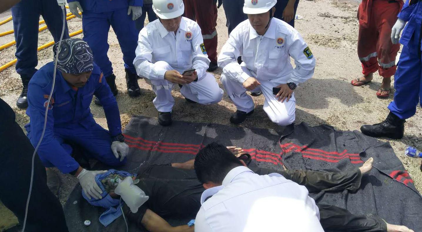 大马翻船事故新进展:已救出两名中国籍船员