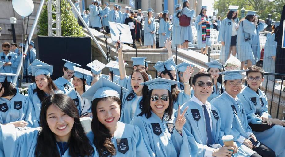 世界日报:留学生毕业即失业?中国海归机会多