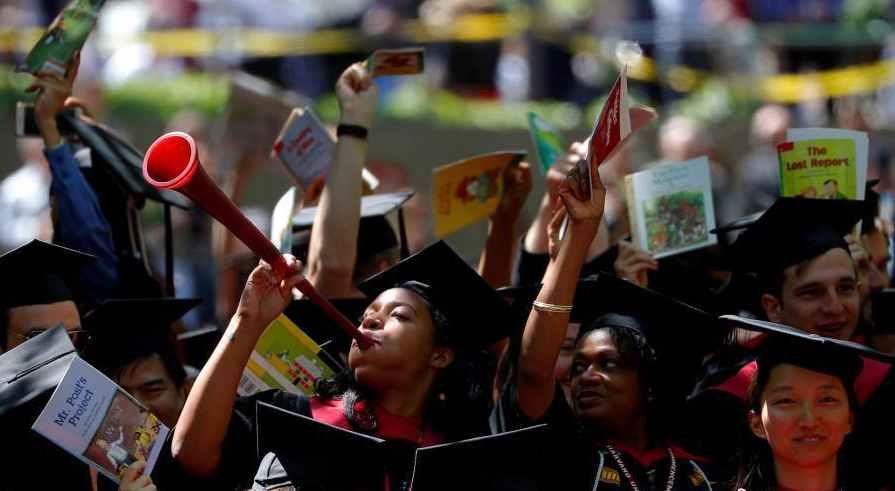 哈佛涉招生歧视 面试官撰文力挺亚裔:别放弃筑梦