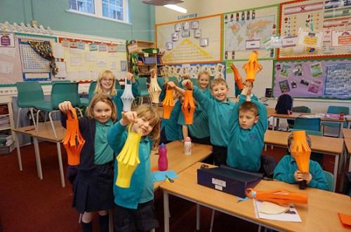 英曼城小学积极推广汉语兴趣班 覆盖三至六年