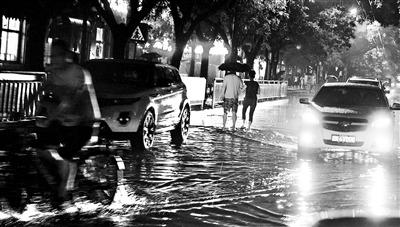 大雨袭京城内八处积水汛后将重点治理