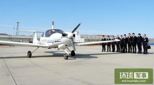 飞机腾空而起,标志着中国民航大学朝阳飞行学院乌兰浩特辅助基地本场