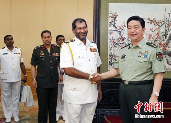 常万全会见斯里兰卡海军司令