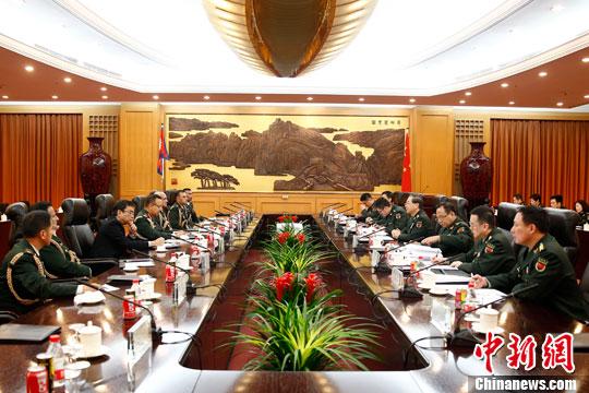 2016年3月28日下午,中央軍委聯合參謀部參謀長房峰輝在北京八一大樓與尼泊爾軍隊參謀長切特裏舉行會談。