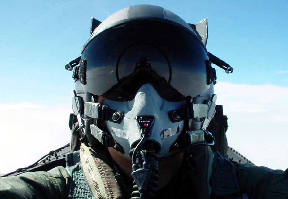 如何成为一名优秀的中国空军战斗机飞行员?图片