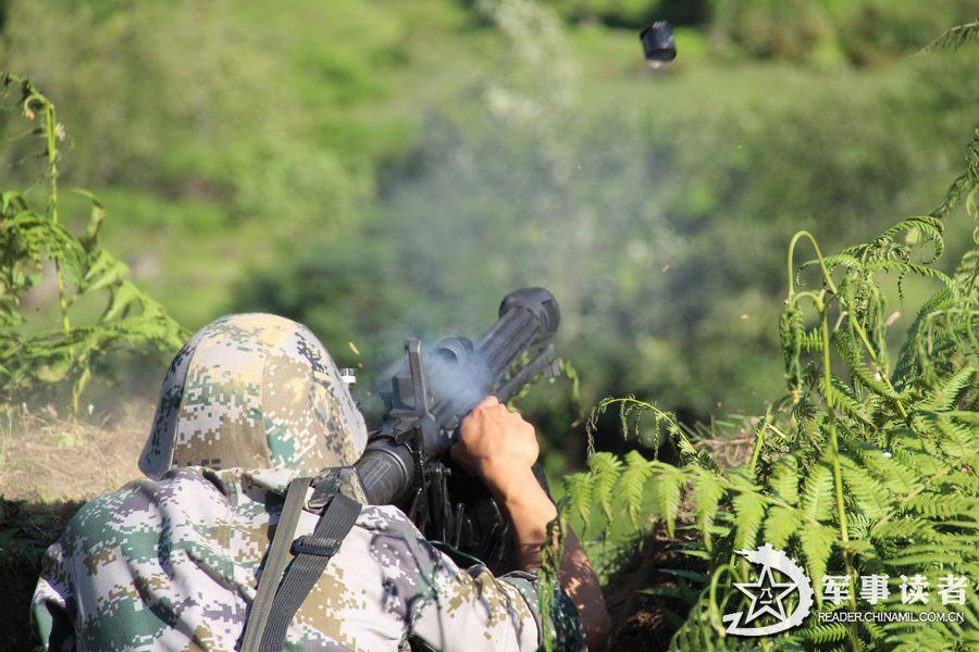 QLZ-04式35mm自动榴弹发射器