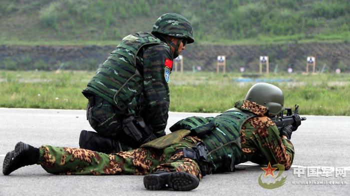 中国武警与俄罗斯内卫部队在京联合训练图片