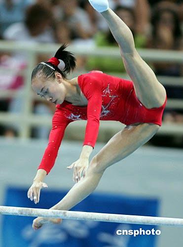 美女露音毛图片_中新社记者:毛建军 当地时间八月十七日晚,中国选手程菲在雅典奥运