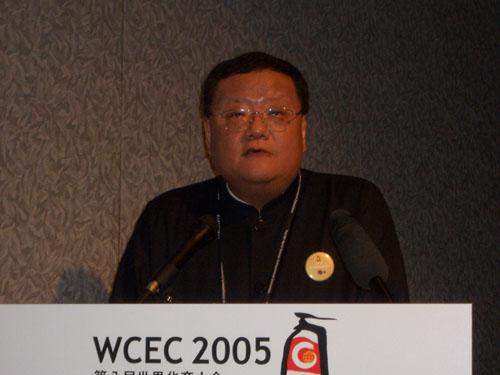 刘长乐 凤凰一直关注华人包括华商的生活和事业