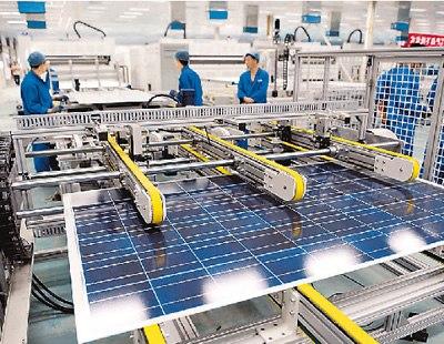 宁夏320兆瓦光伏组件产品下线