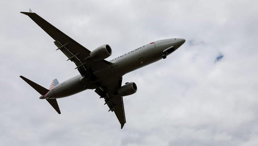 波音客机再出问题?美一架737MAX8因引擎问题迫降