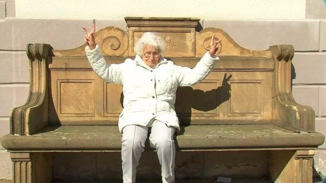 想为年轻人做点事!德国百岁老人参选地方代表