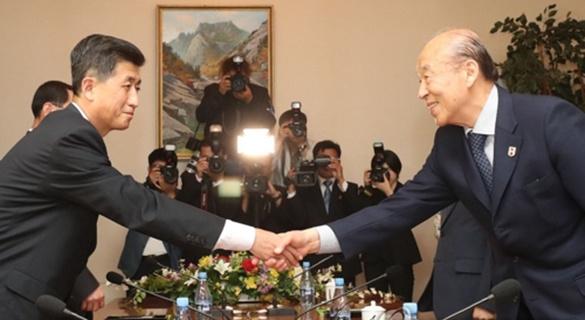 韩朝军方举行工作会谈 讨论恢复军事热线事宜