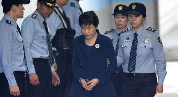 将在监狱度过32年时光 朴槿惠总刑期还可能增加?