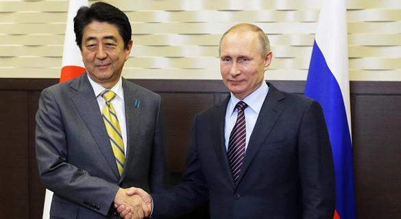 """日俄首脑将举行会谈 或就举行""""2+2磋商""""达一致"""