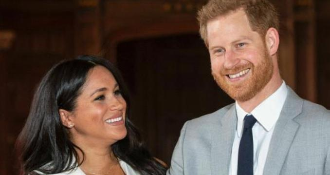 """告别白金汉宫!哈里梅根夫妇今将正式""""退出王室"""""""
