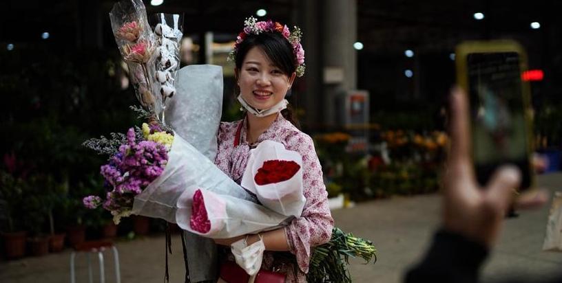 昆明斗南花卉市场交易回暖