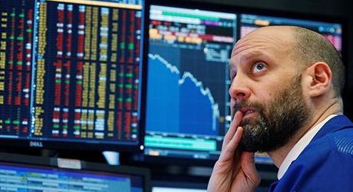 美股暴跌 A股三大指数均飘红沪指收涨0.21%