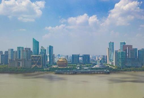 """杭州提五年共富计划:建""""美好教育"""" 推进共有产权住房"""