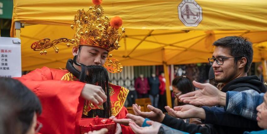 """旧金山""""中国城""""春节氛围浓"""