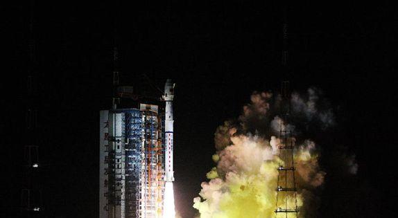 中国第二代极轨气象卫星风云三号D星发射成功