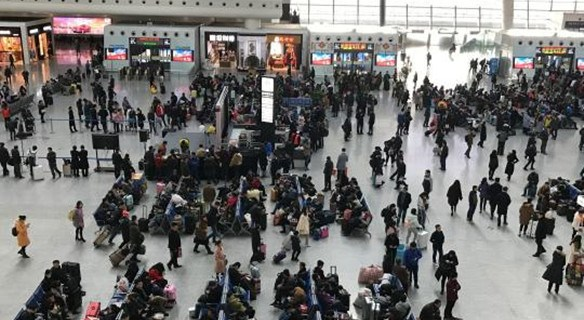 春运今起迎节前客流最高峰 日均旅客将破8300万人次