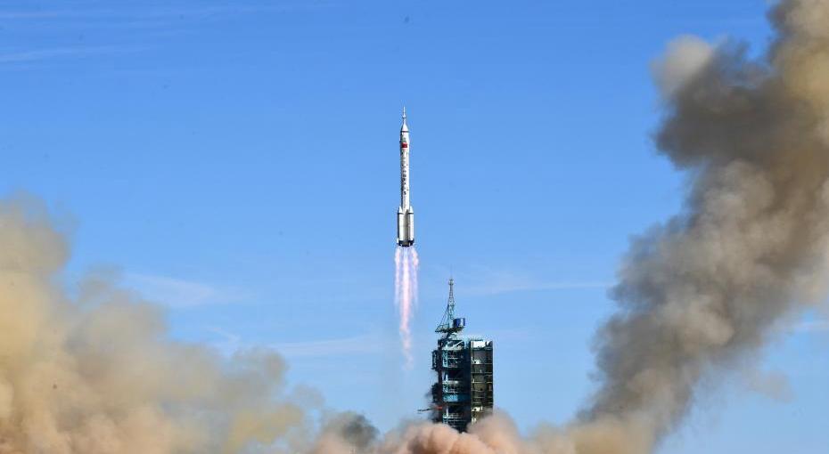 神舟十二号载人飞船发射圆满成功