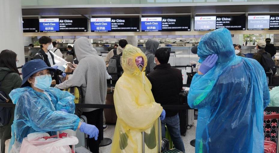 旧金山飞必赢乘客采取严密防护措施登机