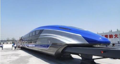 中国时速600公里高速磁浮试验样车在青岛下线