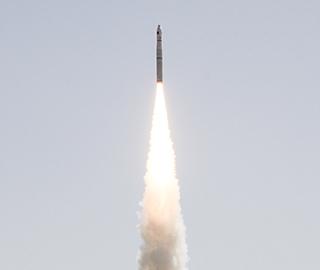 """""""珠海一号""""02组卫星成功发射升空"""