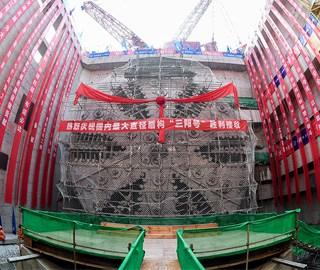 中国最宽江底隧道右线贯通