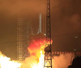 长征三号乙运载火箭成功发射亚太6C卫星