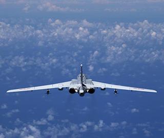 空军多型战机同时飞越巴士海峡宫古海峡