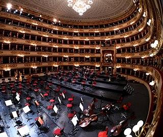 意大利歌剧院今年首次开放 观众纷至沓来