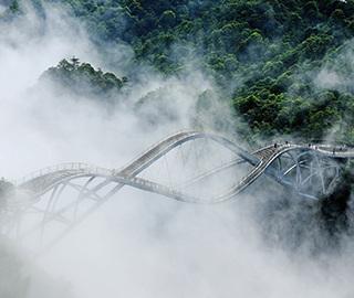 浙江神仙居如意桥云雾缭绕 宛如仙境