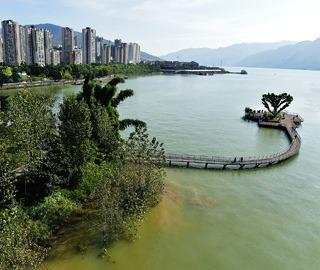 三峡水库成功蓄水至175米