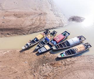 鄱阳湖较往年推迟进入枯水期