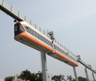 悬挂式列车青岛试运行最高时速70公里