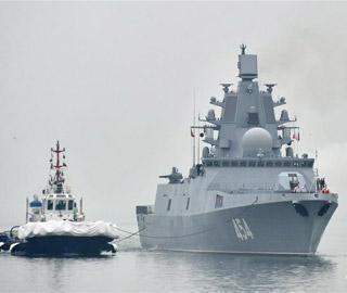 来华参加多国海军活动的外国军舰抵青岛